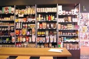 Market Street Shelves 2