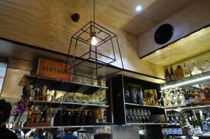Lindes Lane - top o bar
